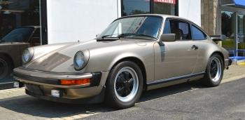 1983 Porsche 911 SC cpe.
