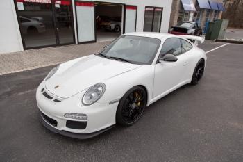 2010 Porsche GT3 6,000 miles !