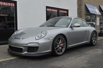 2010 Porsche 997.2  GT3 7,400 miles !